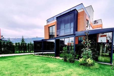 Natural Garden Villa